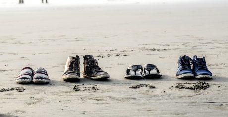 Prøv de populære fodformede sko fra Angulus